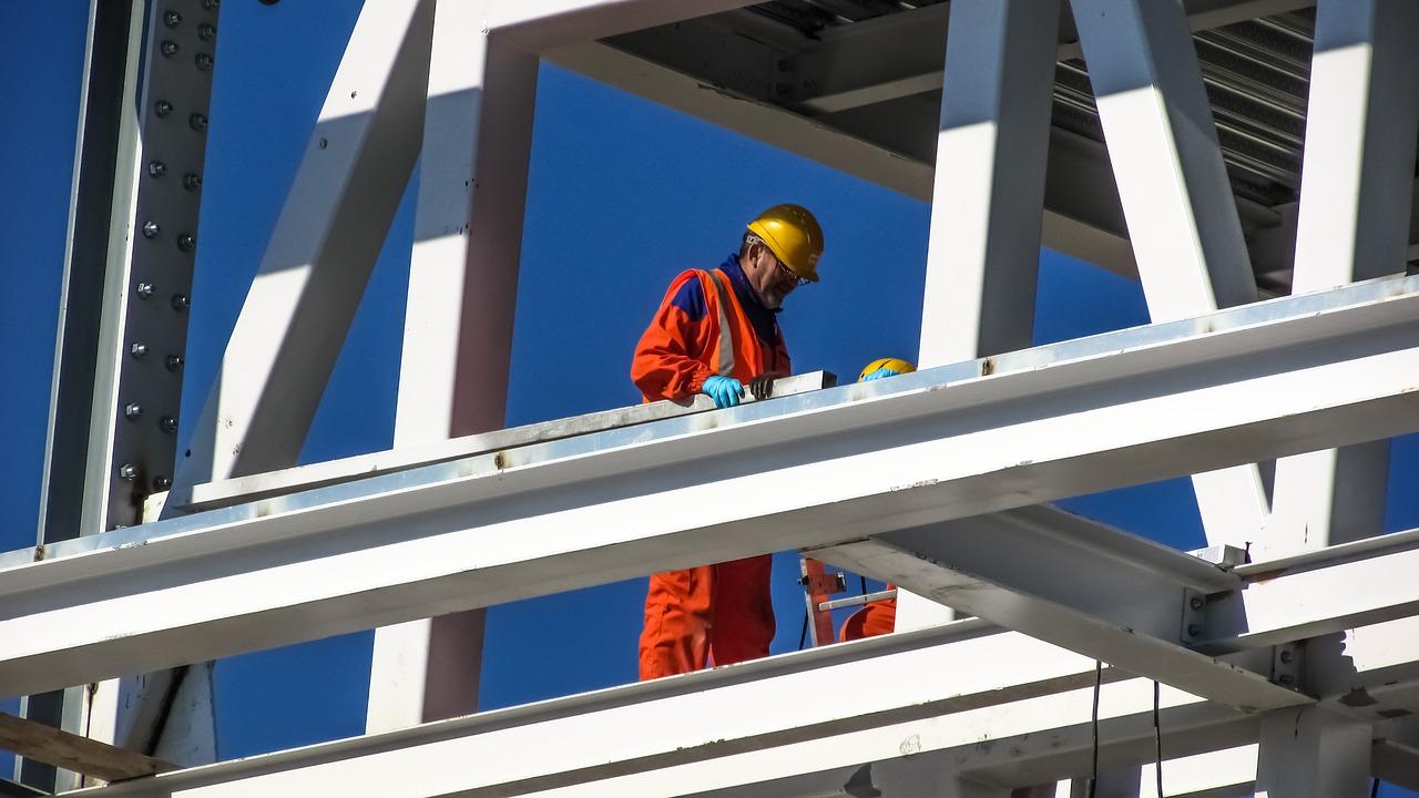 építőipari pályázat módosítás