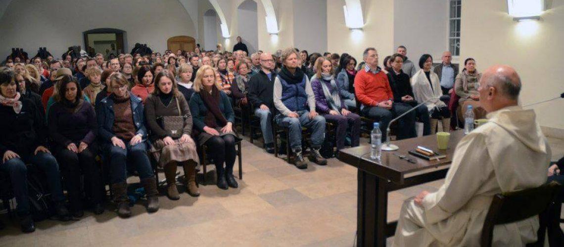 Közösségi tér ki-átalakítás és foglalkoztatás (egyházi) MFP-EKT2020