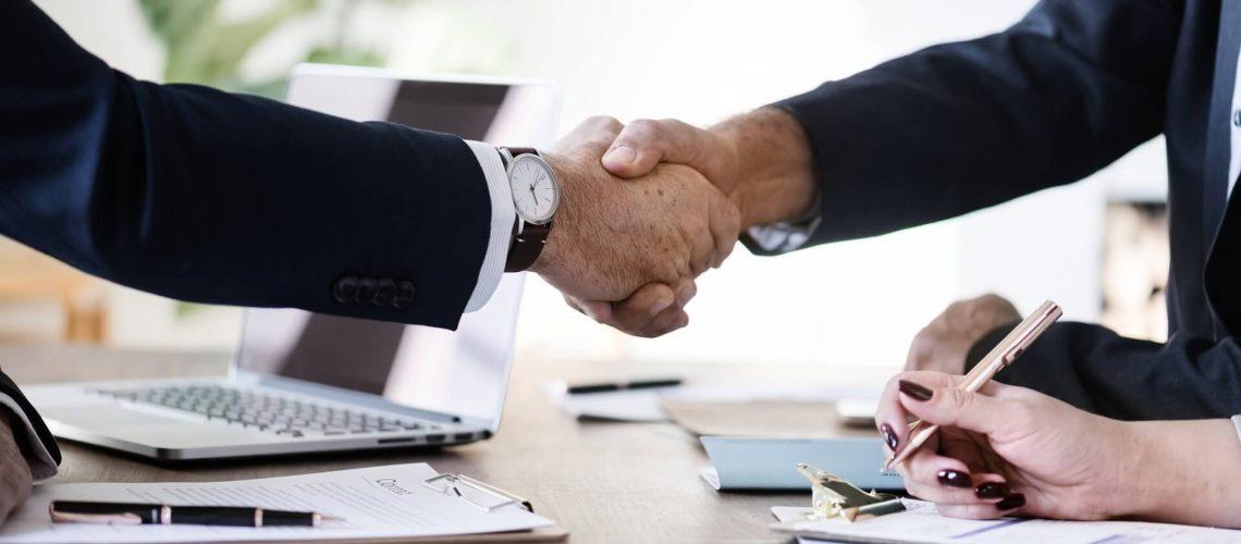 Kapcsolt és partner vállalkozás